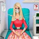 Play Barbie In The Ambulance