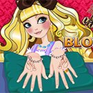 Play EVER AFTER HIGH BLONDIE LOCKES MANICURE
